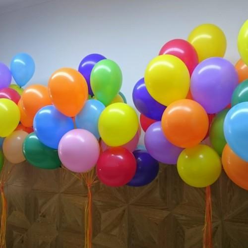 5 фонтанов в каждом фонтане 15 шариков